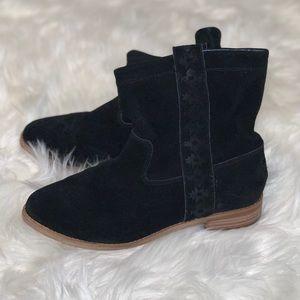 Toms black suede booties